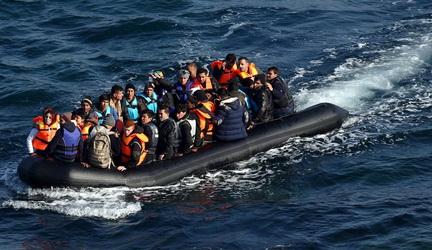 تونس-نجات پناهجویان-دریای مدیترانه