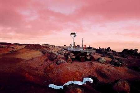 ایستگاه فضایی-روبات ماری-شهاب سنگ