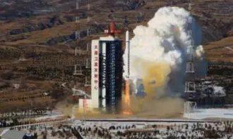 ماهواره-چین