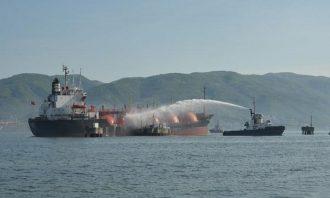 چین-سازمان بنادر و دریانوردی-شرکت ملی نفتکش-نفتکش-هادی حق شناس-کشتی